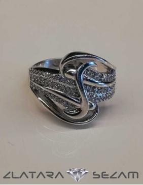 Prsten od belog zlata